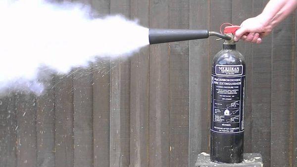 Refill APAR Co2 - refill apar karbon dioksida - isiulang co 2 apar